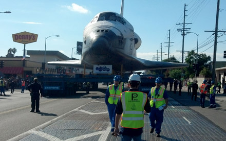 Space Shuttle Endeavour <span>Transport</span>